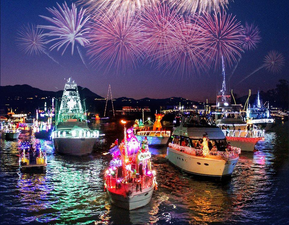 Hopkins OC: 3rd Annual Newport Beach Christmas Boat Parade | Johns ...